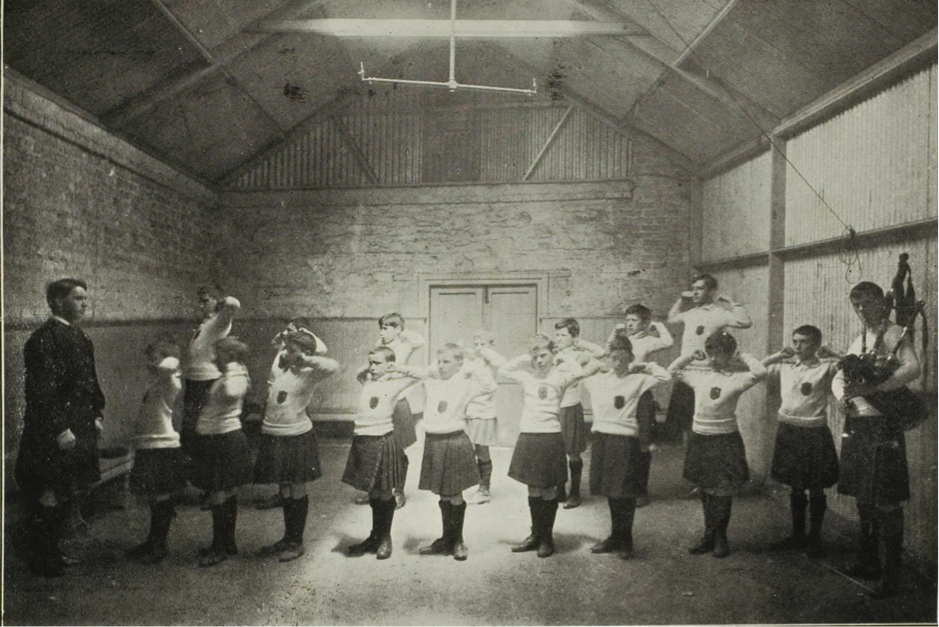 St. Enda's Gymnasium Class Courtesy of the National Library Ireland's 1916 Exhibition