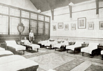 The men's cooling room, 1940s