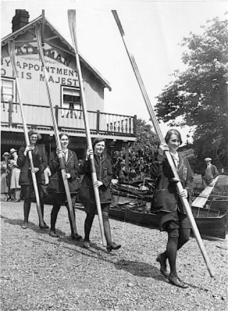 Image- Rowers from an unknown club leaving Green's Boat House for the river, c.1930 (© River & Rowing Museum, Henley on Thames)