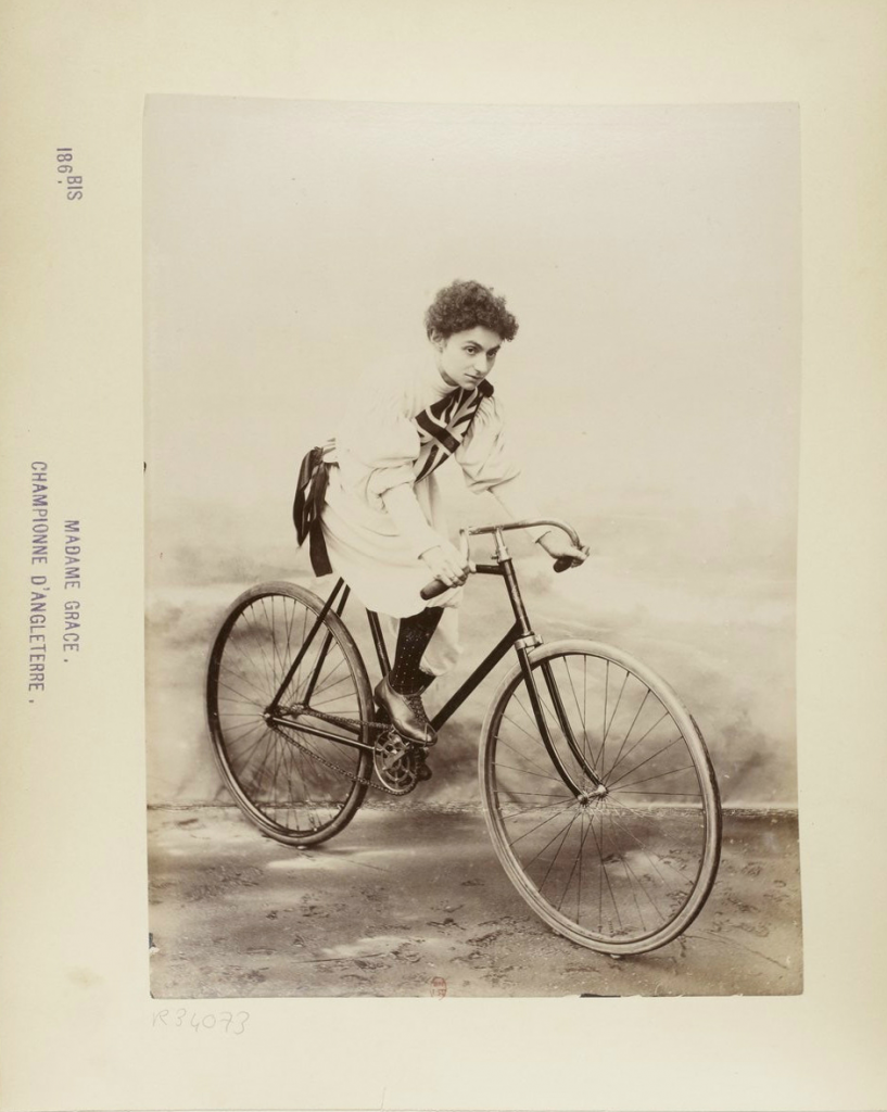 A photo of Clara Grace taken by the French sports photographer Jules Beau while she was in France in 1896. Source: Bibliothèque nationale de France (BnF).
