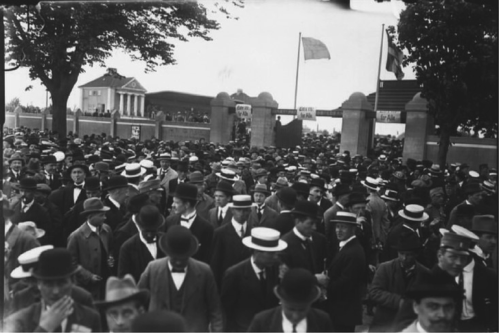 Crowd outside 'Idrætsparken' for an international match. Date unknown. Photo: The National Library of Denmark, photographer Holger Damgaard
