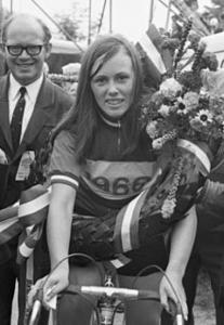 Bella van der Spiegel-Hage