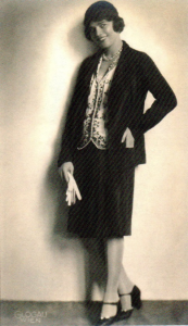 Hedy modelling clothes