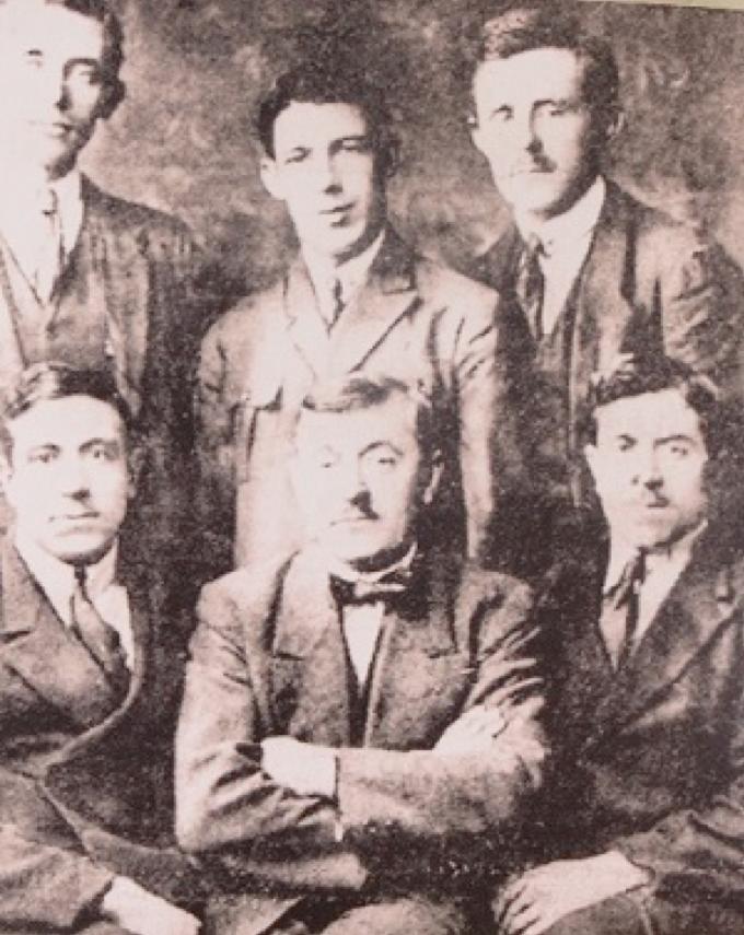 Jules Van Hevel, César Debaets, Henri Vanlerberghe, sit-down Aloïs Persijn, Karel Van Wijnendaele (with butterfly) and Pierre Van De Velde